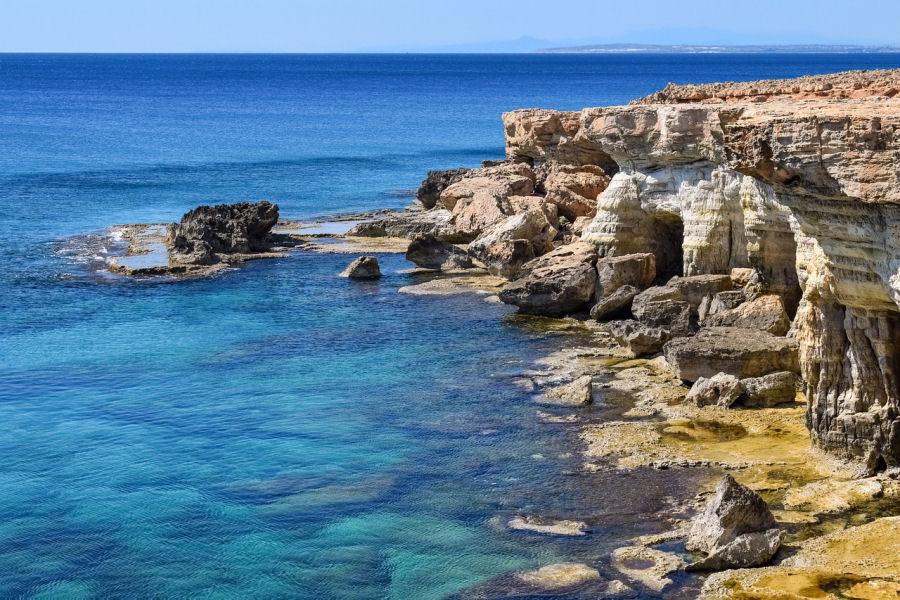 Conte Shandarien: La Rencontre (Vacances à Chypre)
