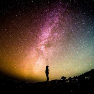 Pourquoi les shandariens pensent-ils que les lois du cosmos sont supérieures?